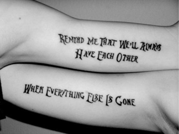 Couple-Tattoo-ecriture-interieur-bras