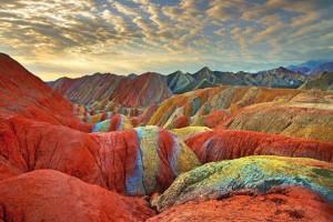 Massif rocheux coloré - Huffington Post