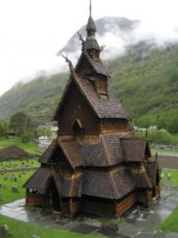 architecture-norvegienne-conte-fee-eglise-stave-Borgung