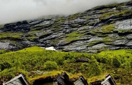 architecture-norvegienne-conte-fee-fermes-anciennes