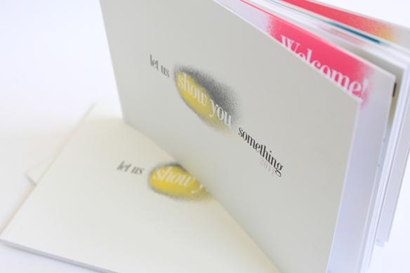 brochure-professionnelle-espace-blanc cadre-contenu-attire-attention