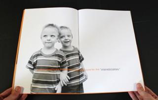 brochure-professionnelle-photo-decalee-deborde-page-mot-cle-autre-page