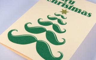 carte-joyeux-noel-sapin-stylise-forme-moustache