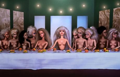 catherine-thery-barbie-femme-art-dernier-repas-leonard-de-Vinvi