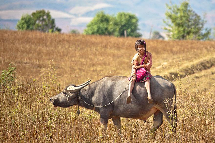 chemin-ecolier-dangereux-Myanmar