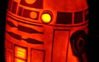 halloween-citrouille-jack-o-lantern-R2D2