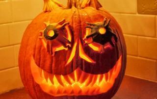 halloween-citrouille-jack-o-lantern-demon-compose-3-citrouilles
