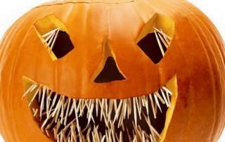 halloween-citrouille-jack-o-lantern-dents-aiguilles-hellraiser