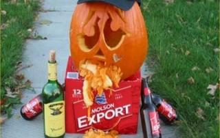 halloween-citrouille-jack-o-lantern-ivre-vomit-biere-whisky