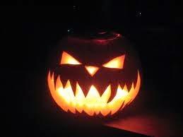 halloween-citrouille-jack-o-lantern-sourire-d-enfer