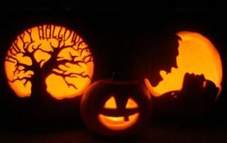halloween-citrouille-jack-o-lantern-vampire-arbre-sourire
