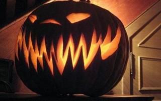 halloween-citrouille-sourire-d-enfer-narquois