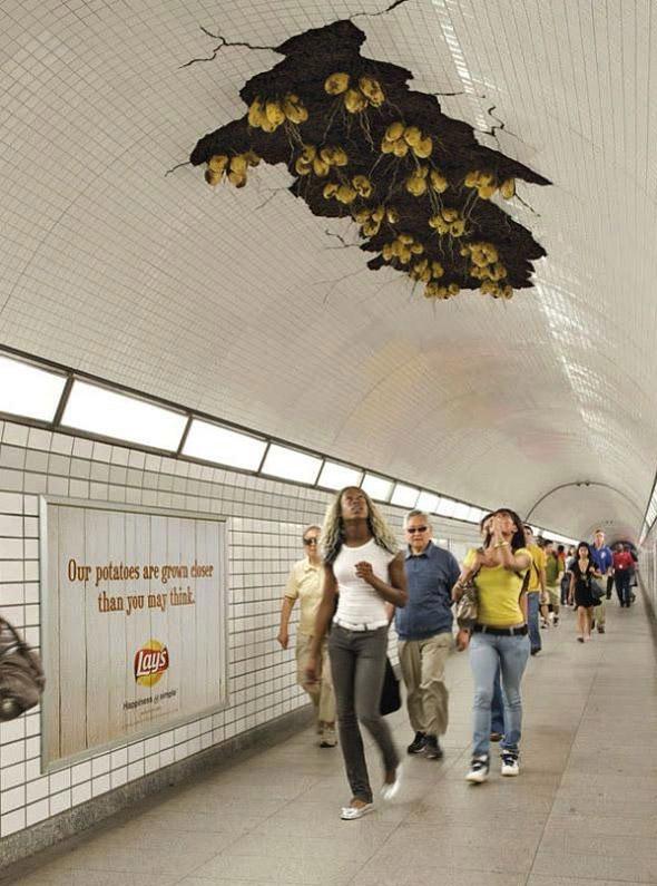 metro-patate-gens-plafond