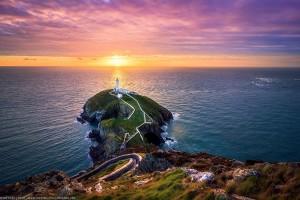 phare-Holyhead-Anglesey-Pays-de-Galles-Joe-Daniel-price