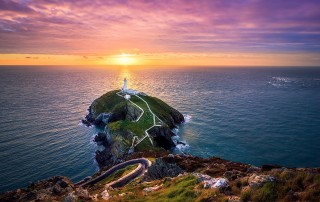 phare-Holyhead-Anglesey-Pays-de-Galles-Joe-Daniel-price