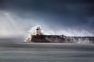 phare-Newhaven- Breakwater-East-Sussex-Angleterre-Peter