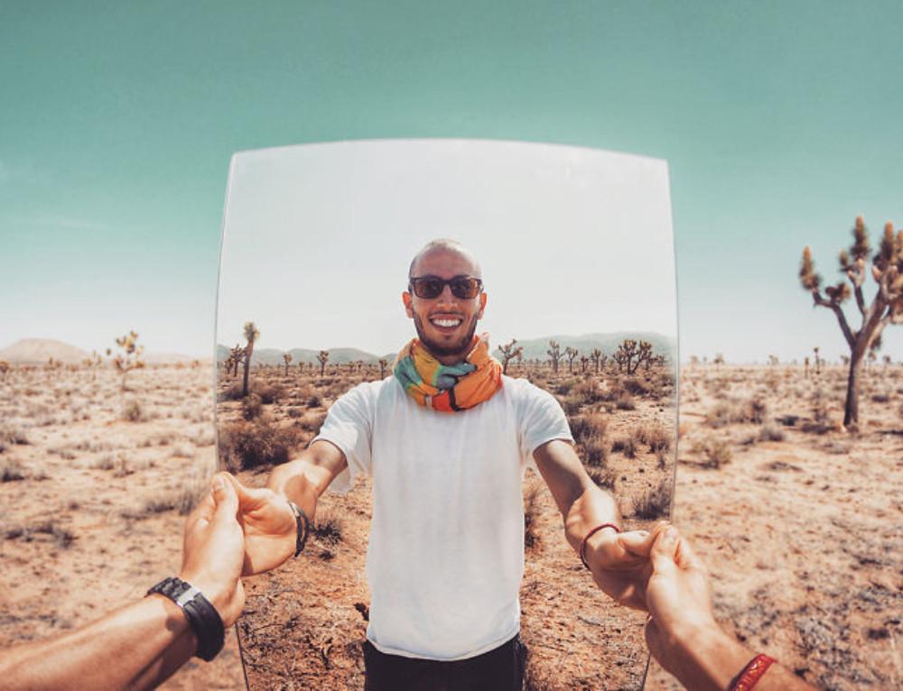 Selfies désertiques surréalistes, comment ?