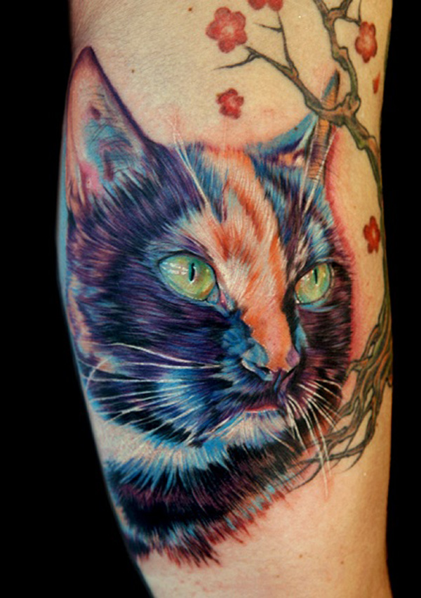 tatouage-jambe-chat-realiste