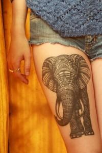 tatouage-jambe-elephant