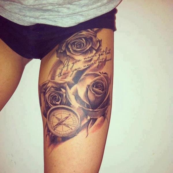 tatouage-jambe-rose-boussole